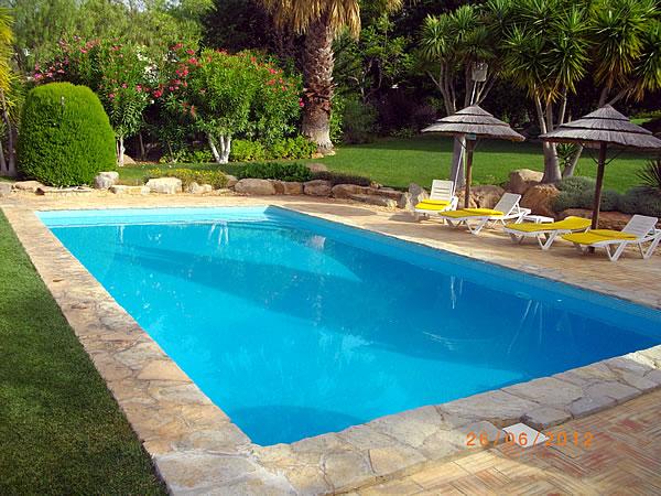 Oasis constru o e remodela o de piscinas no algarve for Imagenes de piscinas